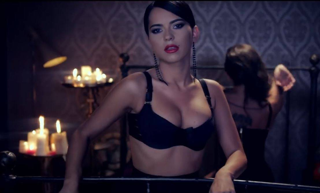 INNA feat. Play & Win - INNdiA