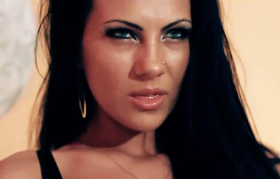 Karie feat Cabron & Legalize - Esenta de rom