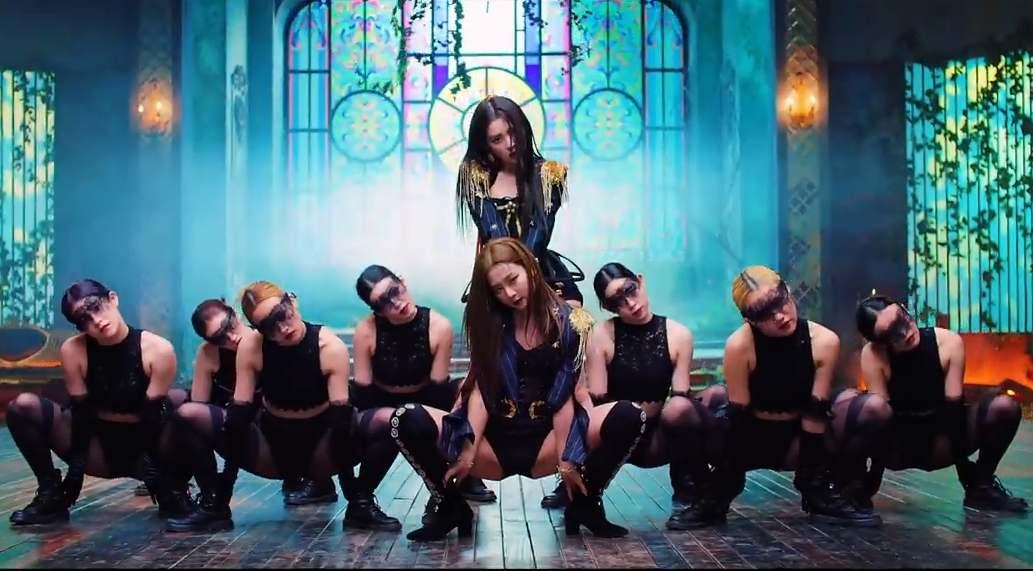 Red Velvet - IRENE & SEULGI - Monster